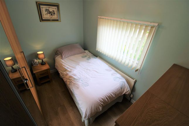 Bedroom 1 of Mill Farm Park, Bulkington, Bedworth CV12