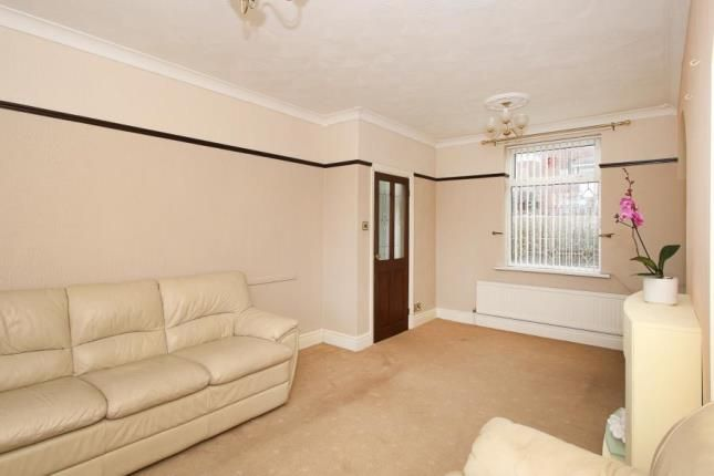 Picture No.03 of Manor Oaks Close, Sheffield, South Yorkshire S2