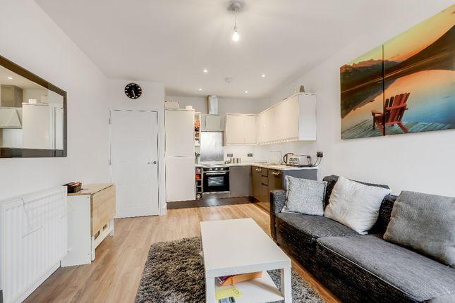 Thumbnail Flat to rent in Eleanor Cross Road, Waltham Cross