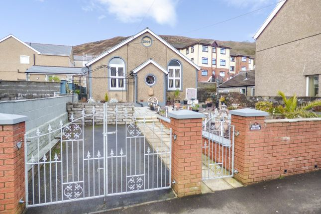 Thumbnail Bungalow for sale in Prospect Place, Aberdare, Mid Glamorgan