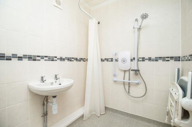 Bathroom of West Grange Close, Leeds, West Yorkshire LS10