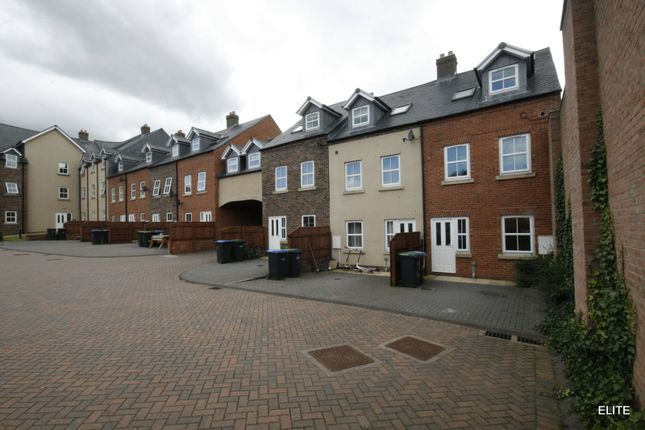 Thumbnail Town house to rent in Front Street, Pity Me, Durham