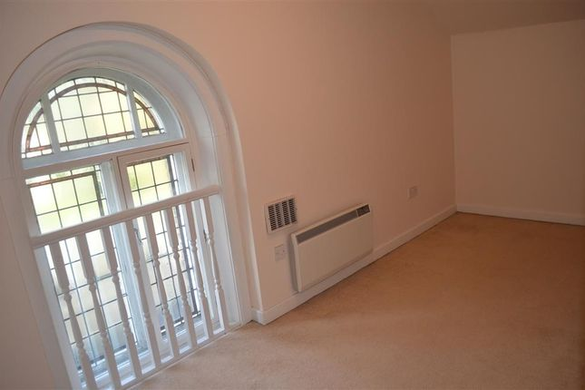 Second Bedroom of Huddersfield Road, Liversedge WF15