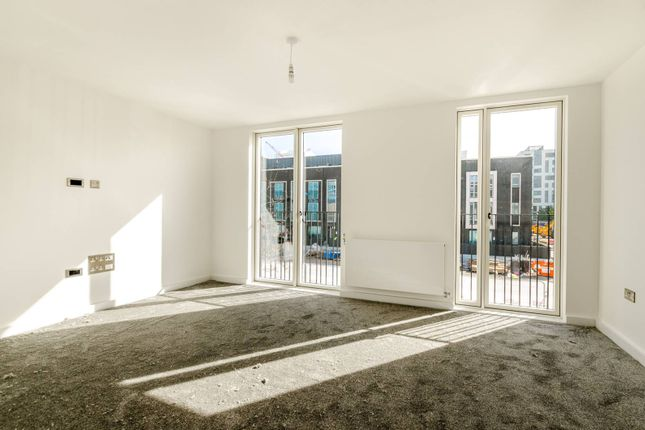 Thumbnail Property to rent in Villiers Gardens, Stratford