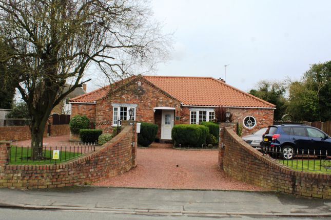 Thumbnail Detached bungalow for sale in High St, Hook