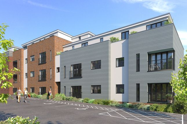 Thumbnail Flat for sale in Canteloupe Road, East Grinstead