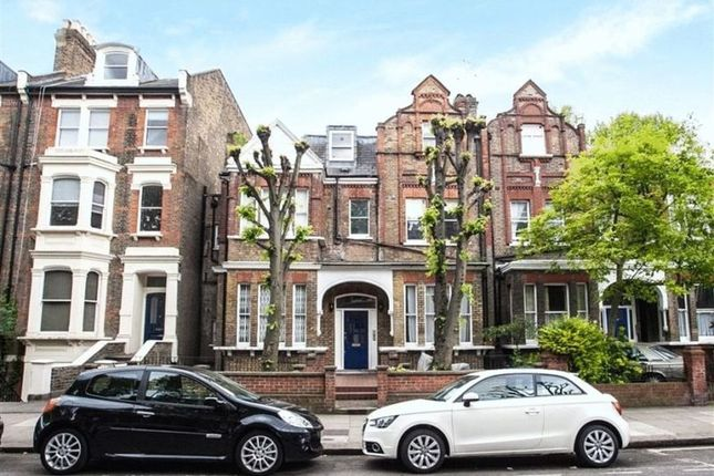 3 bed flat to rent in Randolph Avenue, London