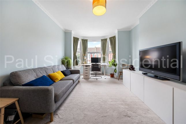 3 bed flat for sale in Vicarage Mansions, Abbottsford Avenue, London N15