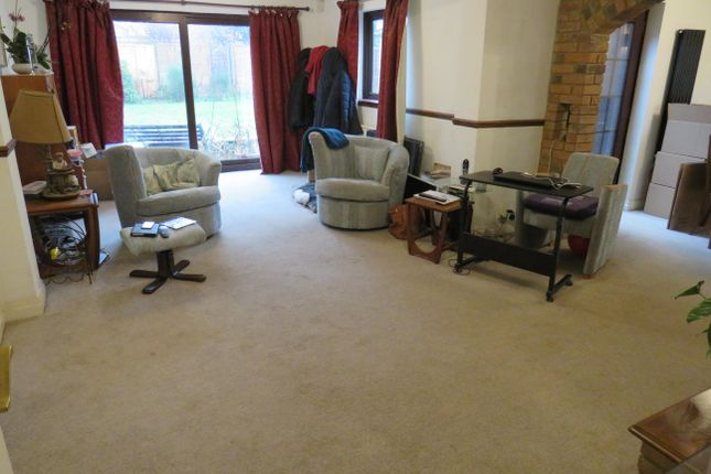 Living Room of Swanhill, Welwyn Garden City AL7