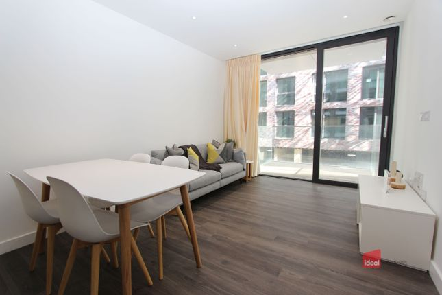 Thumbnail Flat to rent in Kingwood House, Chaucer Gardens