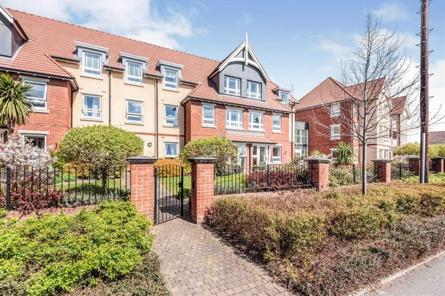 Thumbnail Flat for sale in Horton Mill Court, Hanbury Road, Droitwich. Worcestertshire.