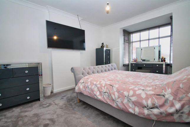 Bedroom 1 of Kinson Grove, Bournemouth BH10
