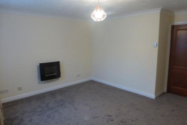Living Room of Willow Road, Aylesbury HP19