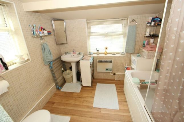 Bathroom of Brien Avenue, Altrincham WA14