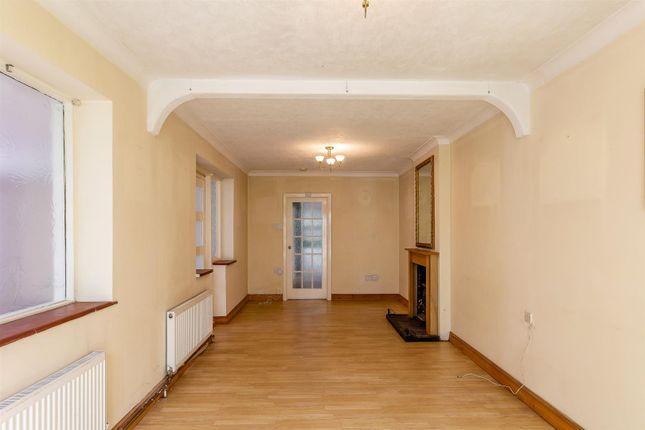 8431249-Interior03-800