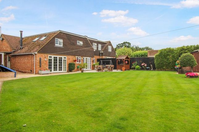 Thumbnail Semi-detached bungalow for sale in Fairfields, Great Kingshill, High Wycombe