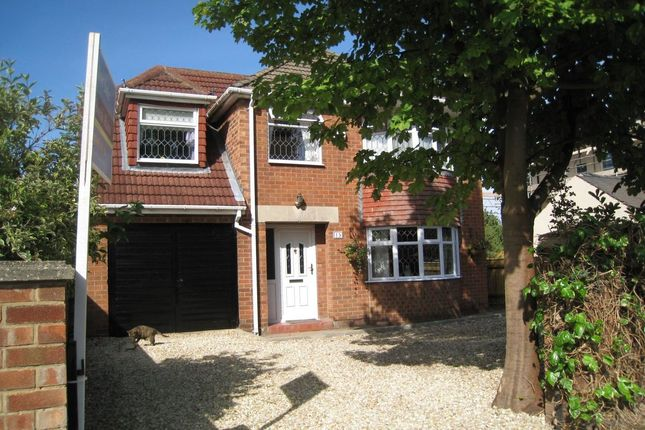 Thumbnail Detached house for sale in Oak Road, Healing, Grimsby