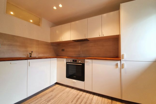 Thumbnail Flat to rent in Ely House, Diane Way, Crescent Road