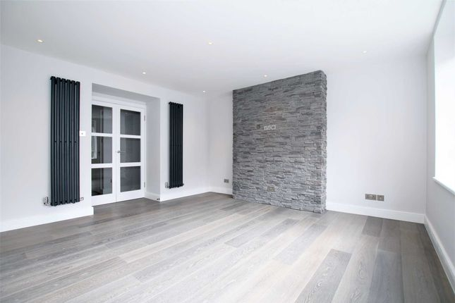 Thumbnail Flat to rent in Beech Avenue, London