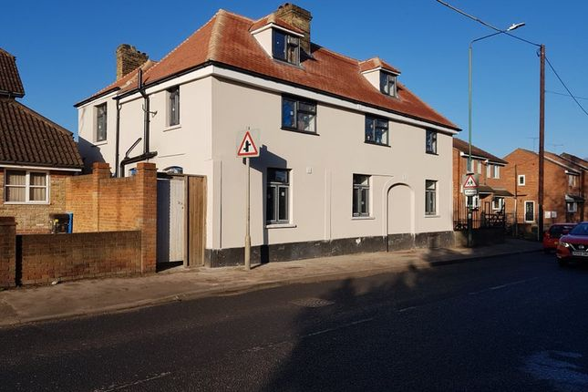 Thumbnail Room to rent in Main Road, Sutton