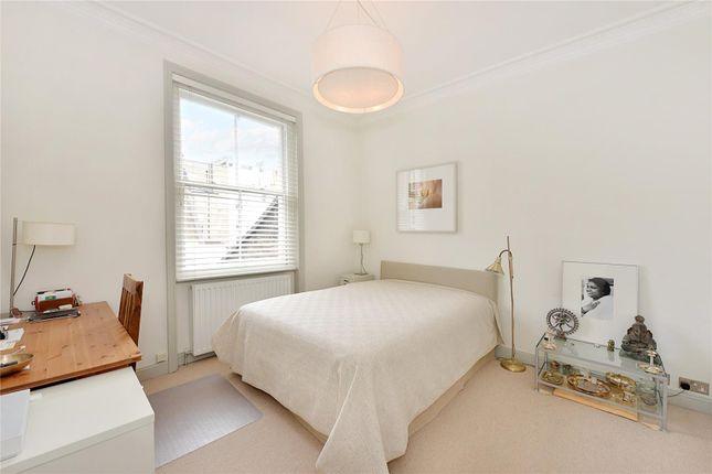 Bedroom of Queens Gate Gardens, South Kensington, London SW7