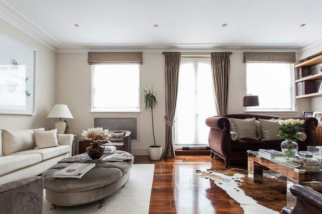 Thumbnail Mews house to rent in Petersham Place, London
