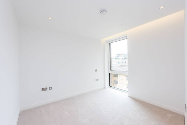 Thumbnail Flat for sale in Elizabeth Court, Westminster