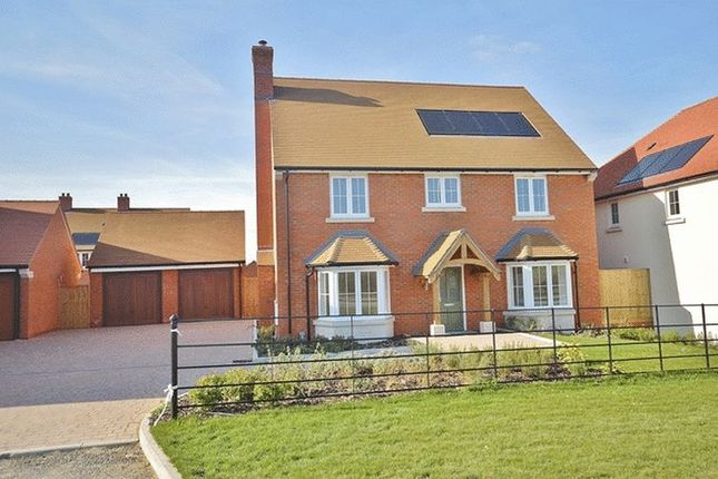Thumbnail Detached house for sale in Picts Lane, Princes Risborough