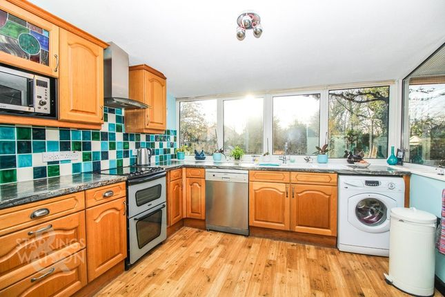 Thumbnail Link-detached house for sale in Kells Way, Geldeston, Beccles