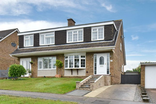 3 bed semi-detached house to rent in The Rise, High Wycombe, Buckinghamshire HP13
