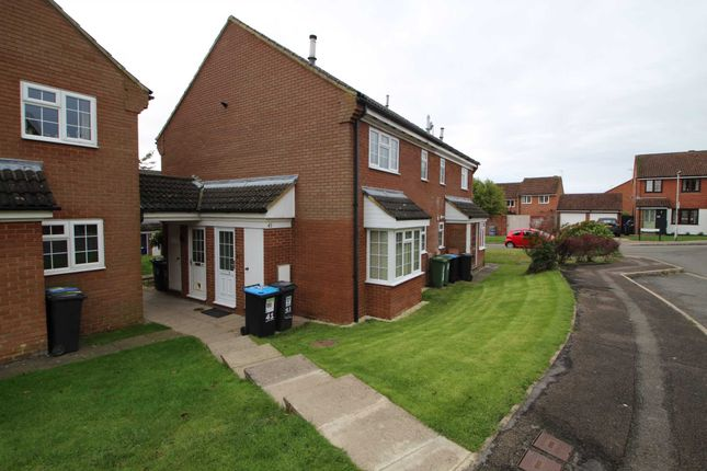 1 bed town house to rent in Thistle Close, Hemel Hempstead HP1