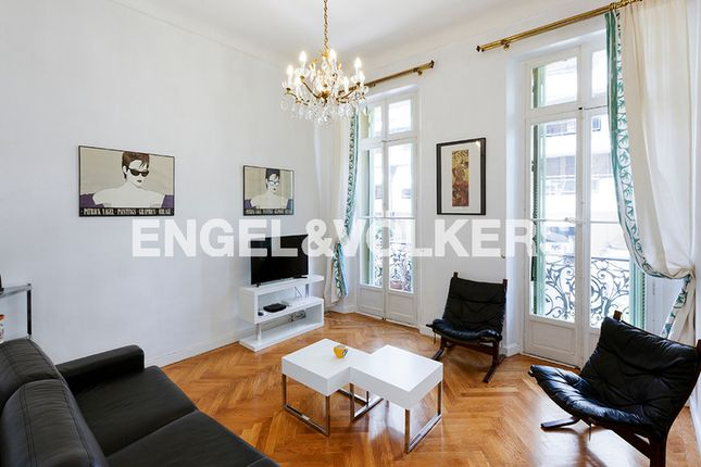 2 bed apartment for sale in Cannes, France