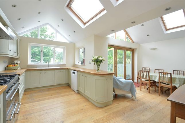 Thumbnail Detached house to rent in Limes Road, Weybridge, Surrey