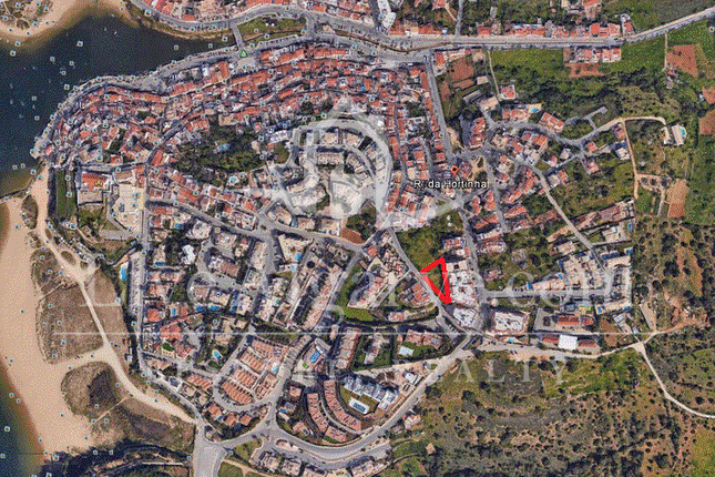 Plot With Approved Project For 8 Apartments In Ferragudo, Lagoa