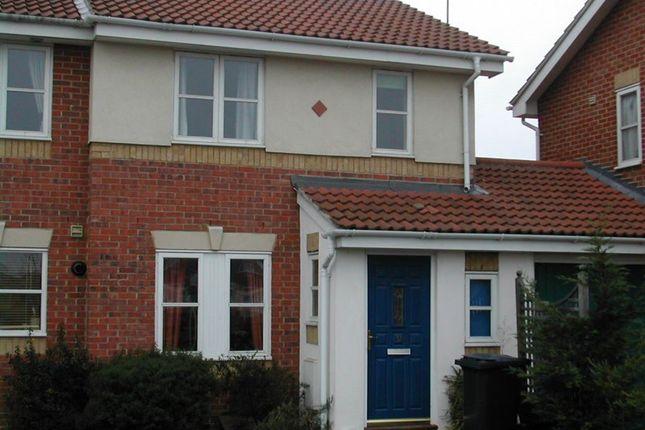 Thumbnail Property to rent in Moor Furlong, Cippenham, Slough