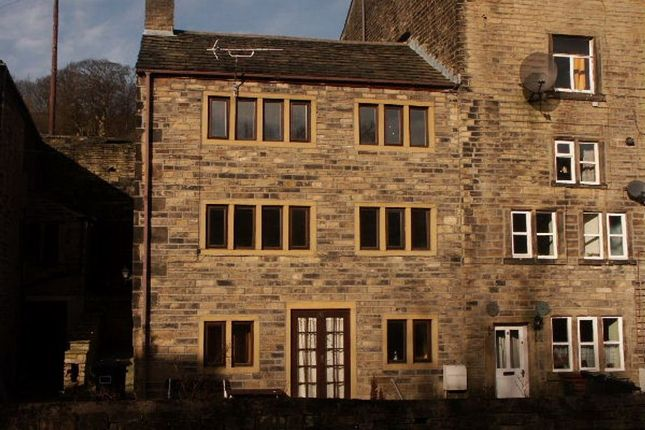 Thumbnail Cottage to rent in Huddersfield Road, Holmfirth