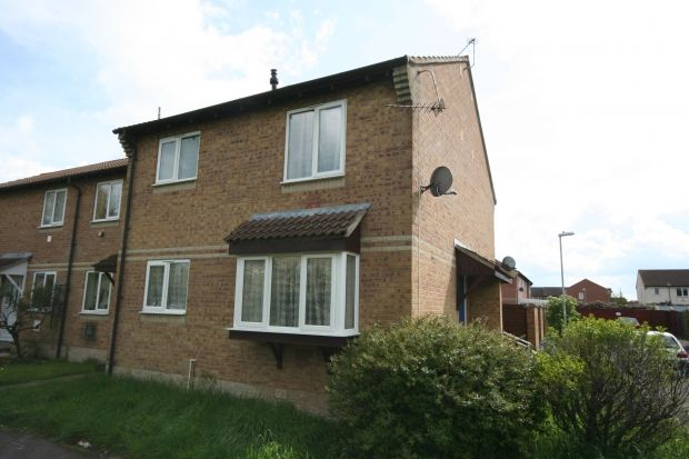 Thumbnail Semi-detached house to rent in Springley Road, Bridgwater