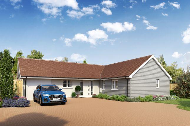 3 bed detached bungalow for sale in Bloomery Fields, Maresfield, Uckfield TN22