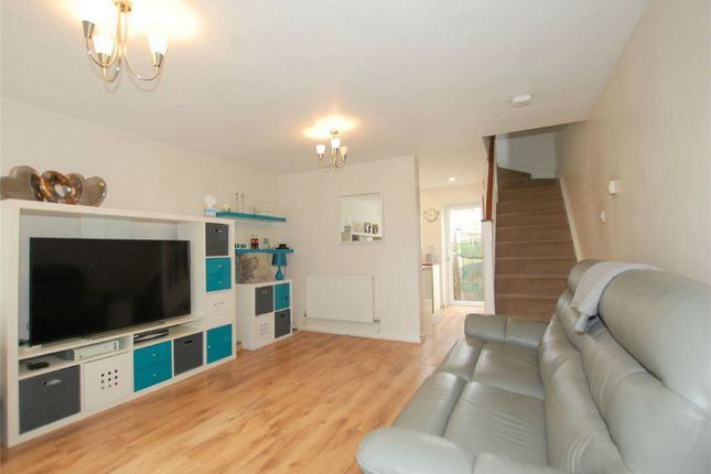 Thumbnail Terraced house for sale in Amblecote Meadows, London