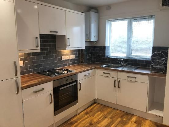 Thumbnail Terraced house to rent in Noreuil Road, Petersfield