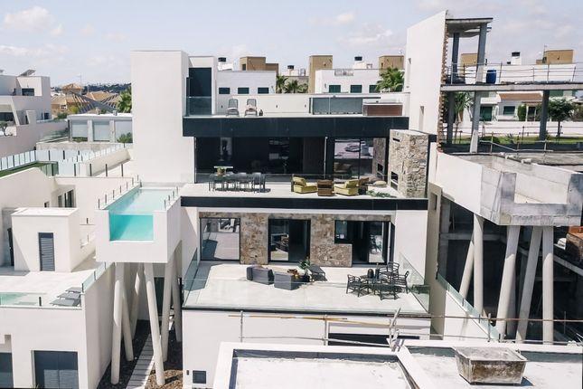 Thumbnail Villa for sale in Calle Sierra De Grazalema Nr 54, 309, 17, 03170 Cdad. Quesada, Alicante, Spain