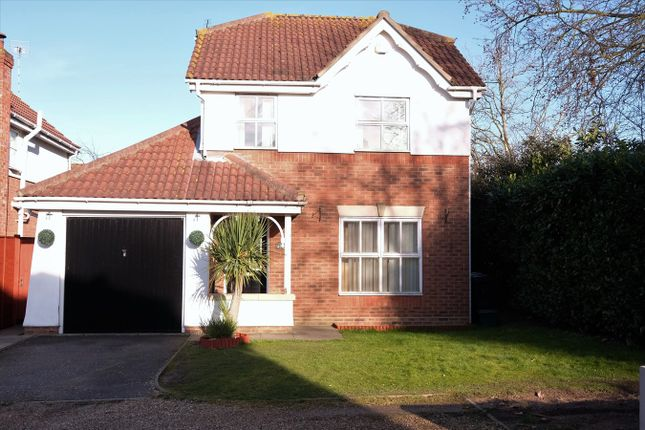 Thumbnail Detached house for sale in Fortinbras Way, Chelmsford