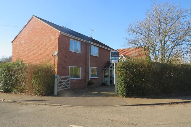 Thumbnail Detached house for sale in Tavern Close, Beetley, Dereham