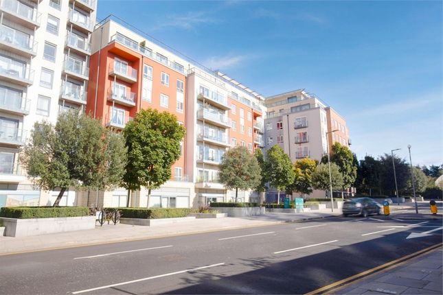 2 bed flat for sale in Aerodrome Road, London NW9