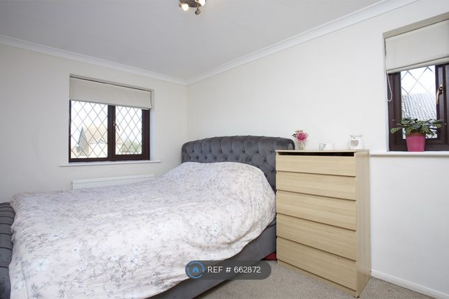 Bedroom of Dovecote Road, Reading RG2