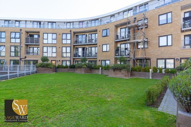 1 bed flat to rent in Smeaton Court, Hertford SG13