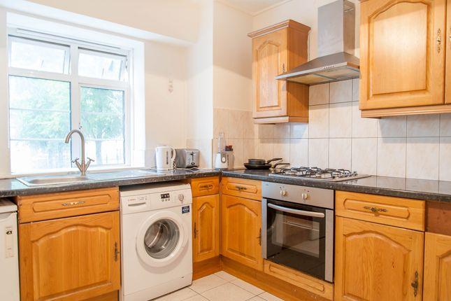 Kitchen of Edgware Road, Paddington, Central London NW8