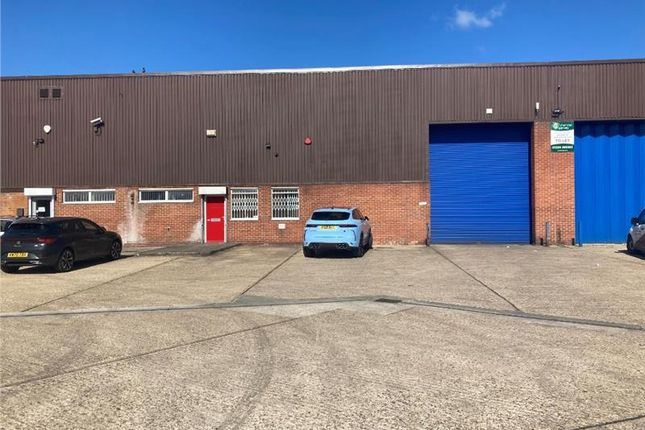 Thumbnail Industrial to let in 2 Grovebury Place Estate, Leighton Buzzard, Bedfordshire