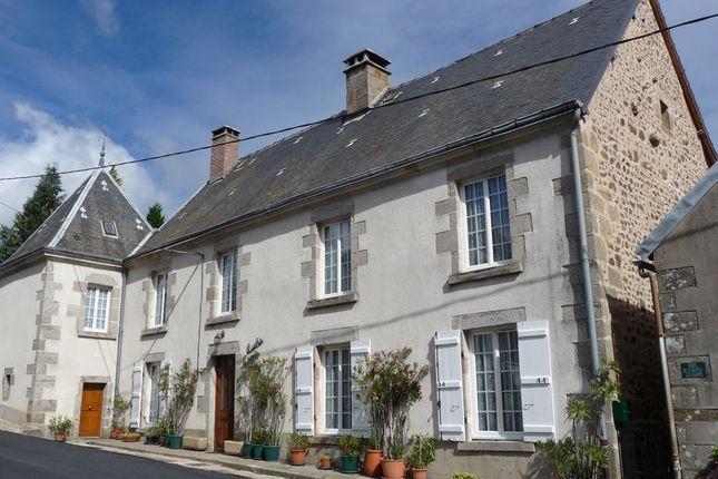 Thumbnail Villa for sale in Aubusson, Creuse, Nouvelle-Aquitaine