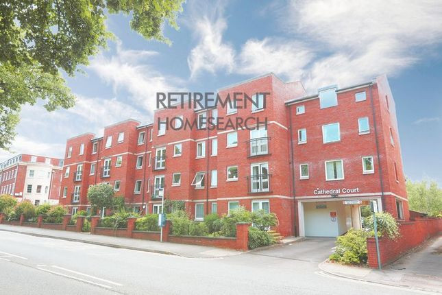 Thumbnail Flat for sale in Cathedral Court, Gloucester